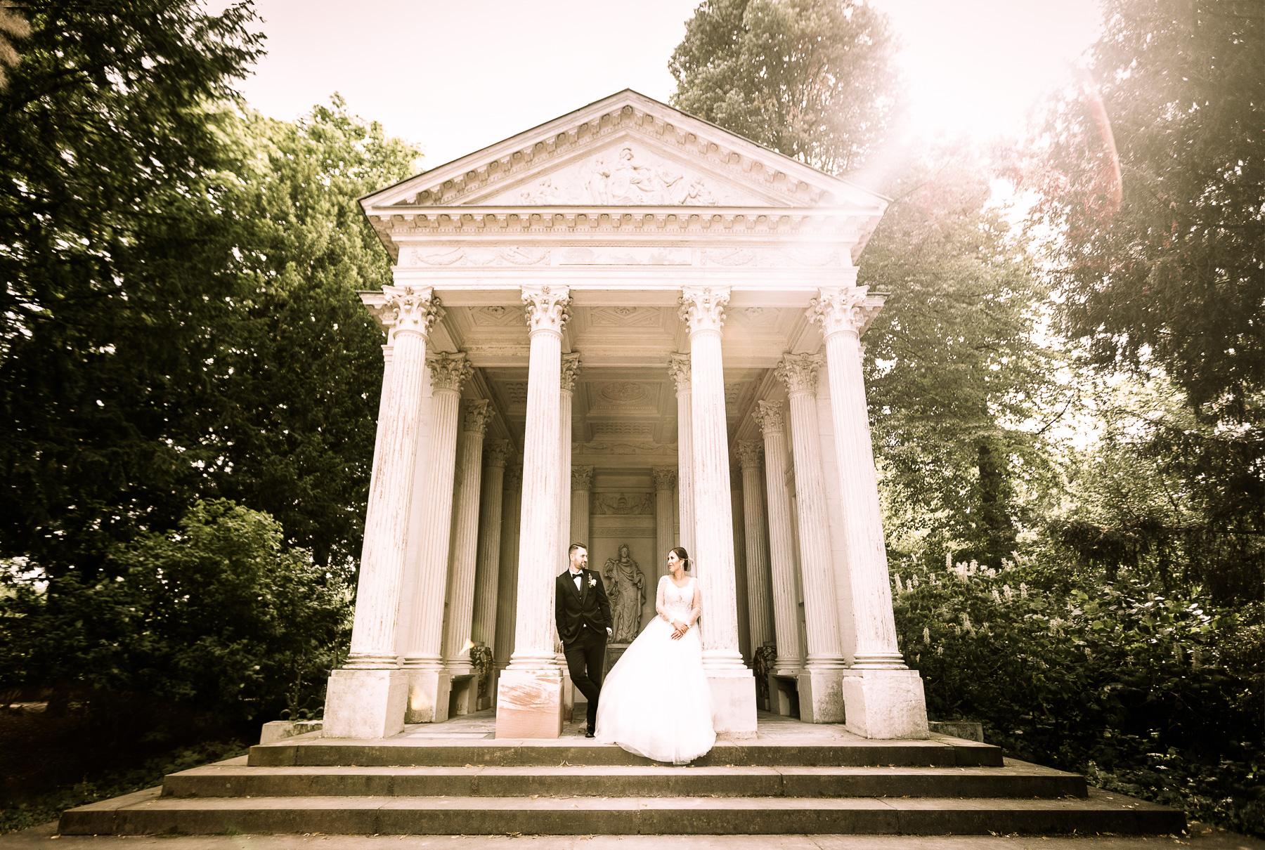 Im Schatten des Hochzeitsgartens